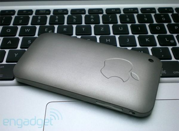 iPhone Titanium : un iPhone en titane