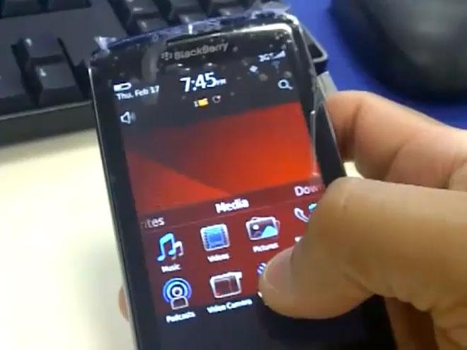 Le BlackBerry Storm 3 en vidéo