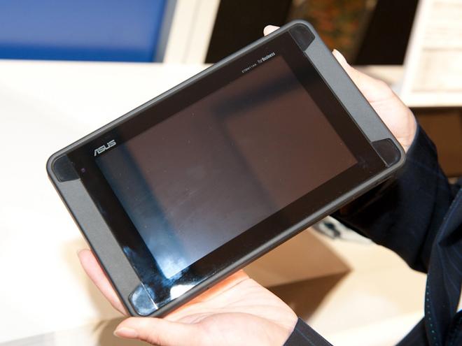 Asus Tough, une tablette de 7 pouces sous Honeycomb