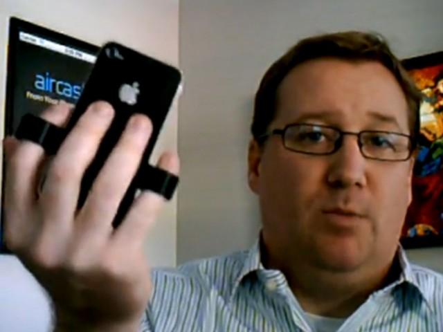 AirClip, un accessoire pour stabiliser son iPhone 4 ou son iPhone 4S