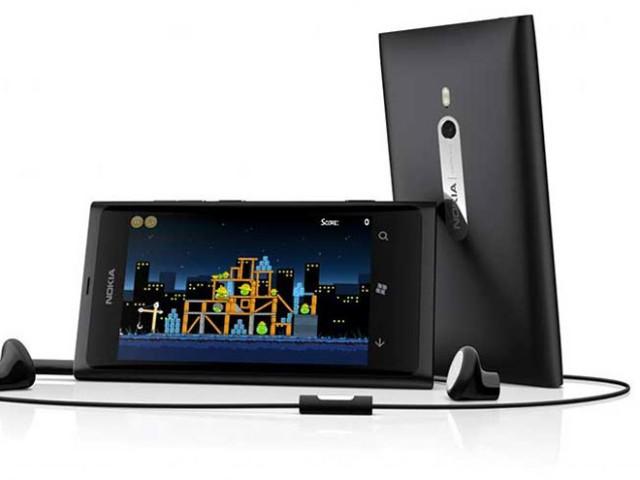 Nokia promet une mise à jour pour régler le problème d'autonomie du Lumia 800