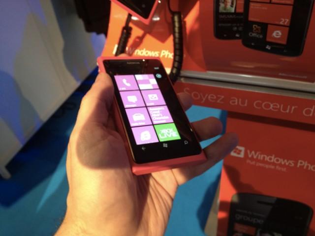 LeWeb'11 : présentation du Nokia Lumia 800