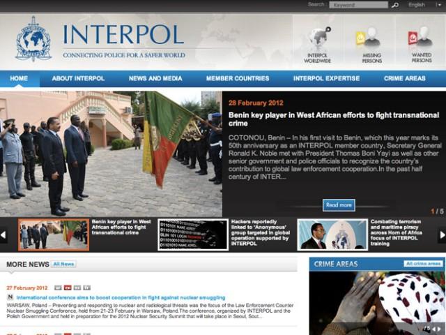 Interpol a arrêté 25 pirates soupçonnés d'appartenir au mouvement Anonymous