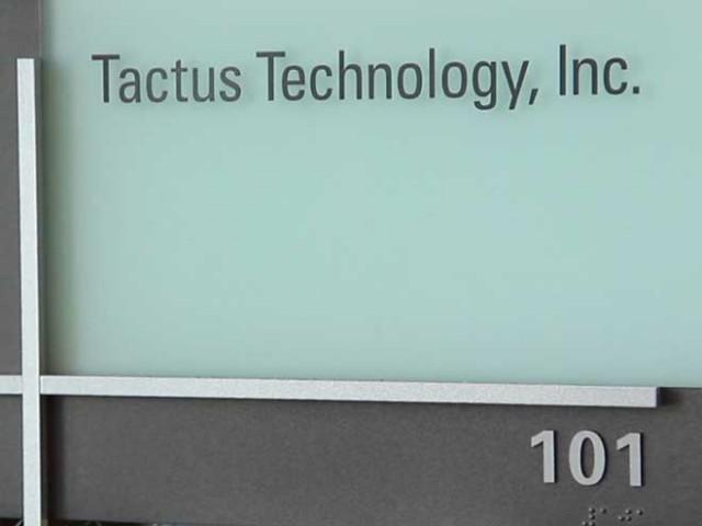 Tactus : un écran tactile qui fait apparaître de vrais boutons physique