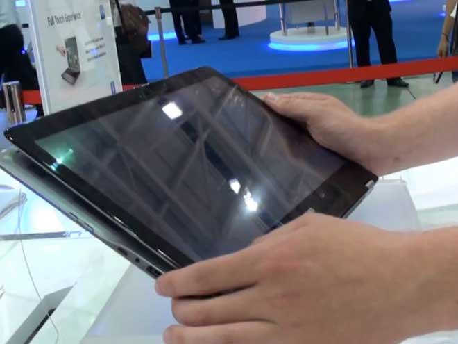 Une vidéo du Samsung Series 5 Ultra Touch