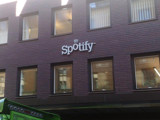 Spotify : la nouvelle version avec les radios est dispo sur Android