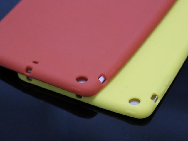iPad Mini : apparition des premières coques et des premières housses