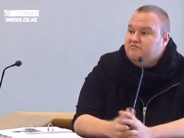 Kim Dotcom : la vidéo de son arrestation