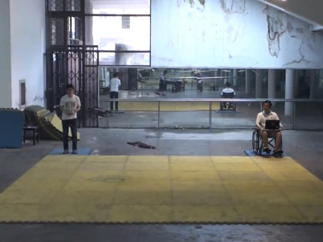 Vidéo : un Parrot AR.Drone contrôlé par la pensée