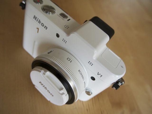 Nikon 1 V2 : lancement avant la fin de l'année