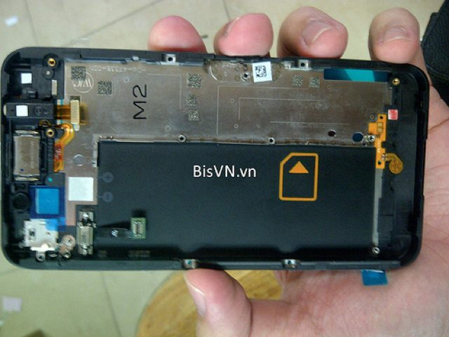 Spécifications BlackBerry 10 L-Series