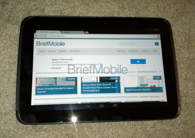 Nexus 10 : les spécifications techniques et un photo en prime !