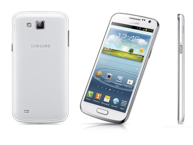 Samsung Galaxy Premier : entre le Galaxy Nexus et le Galaxy S3