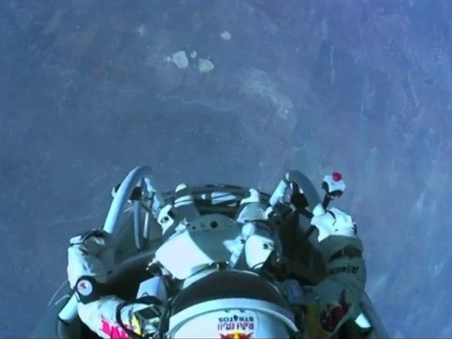 Red Bull Stratos : la vidéo du saut de Félix Baumgartner