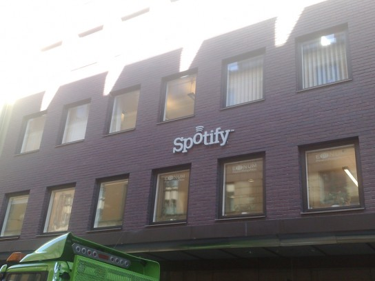 spotify-windows-mobile-544x408