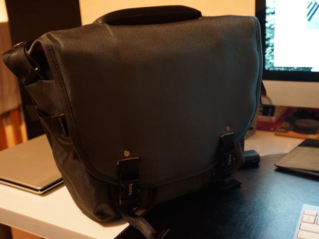 Booq Python Courrier : un chouette sac bandoulière pour les photographes