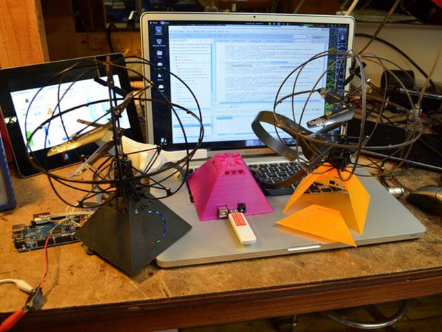 Puzzlebox Orbit : un hélicoptère contrôlé par la pensée