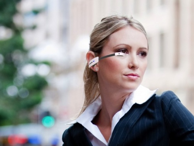 Vuzix Smart Glasses M100 : un concurrent au Google Project Glass