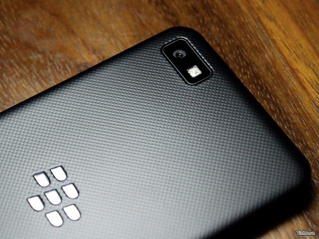 BlackBerry 10 L-Series : le capteur du terminal
