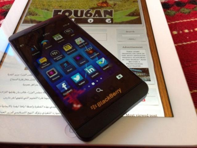 BlackBerry 10 : encore une vue de face
