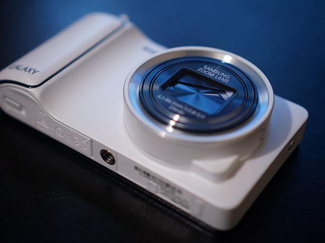 Samsung Galaxy Camera : une autre vue de face
