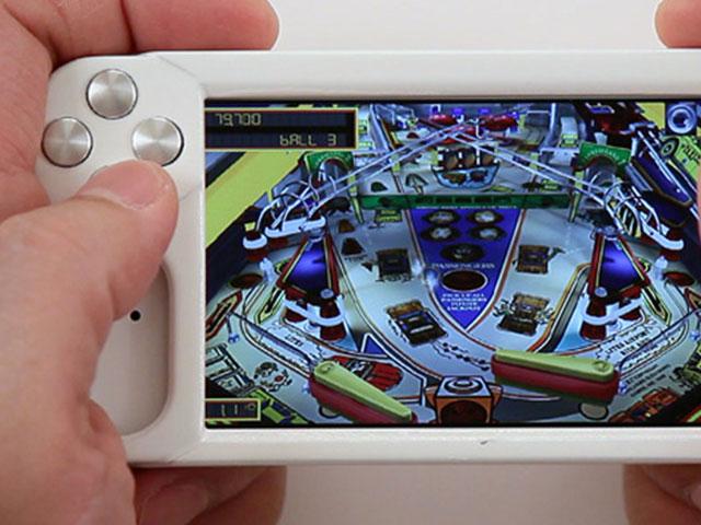 WynCASE : un vrai contrôleur pour iPhone !
