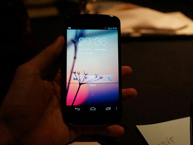 Nexus 4 blanc : en fonctionnement