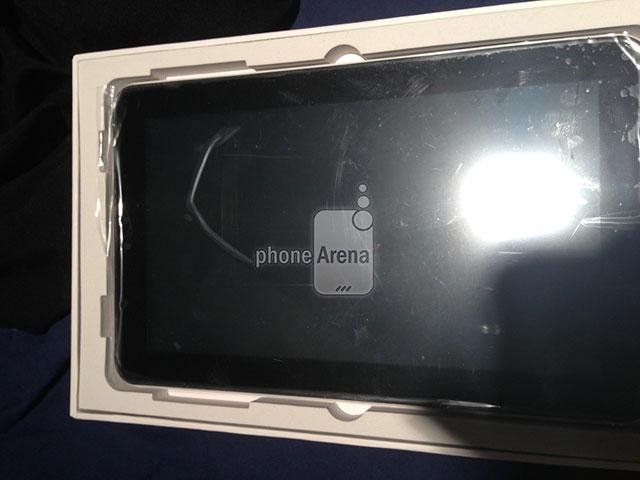 Samsung Galaxy Tab 3 : une photo de l'intérieur de la boite