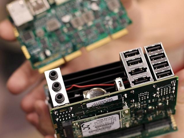 Steambox / Piston : sous la coque, les composants