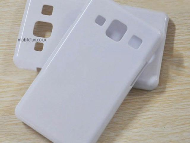 Une première coque pour le Samsung Galaxy S4