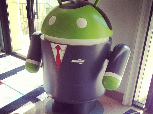 Google France : oh tiens, un robot