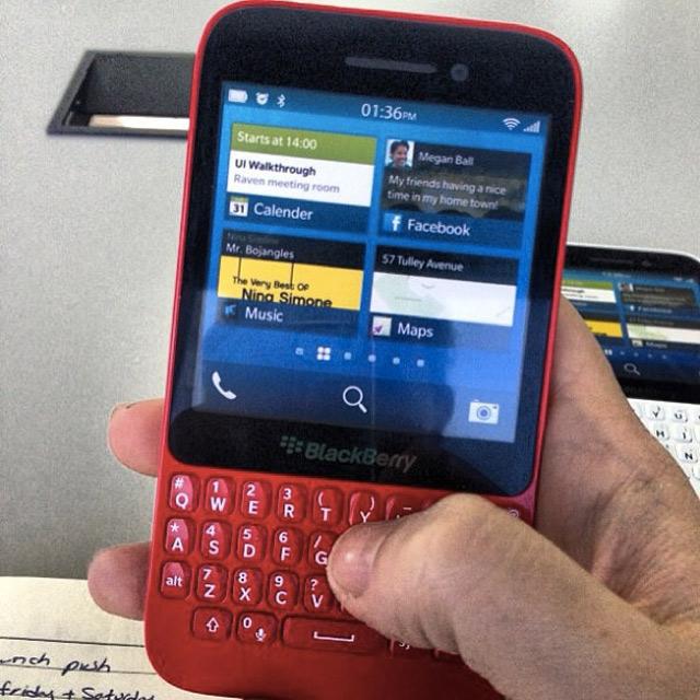Le BlackBerry R10 en photo