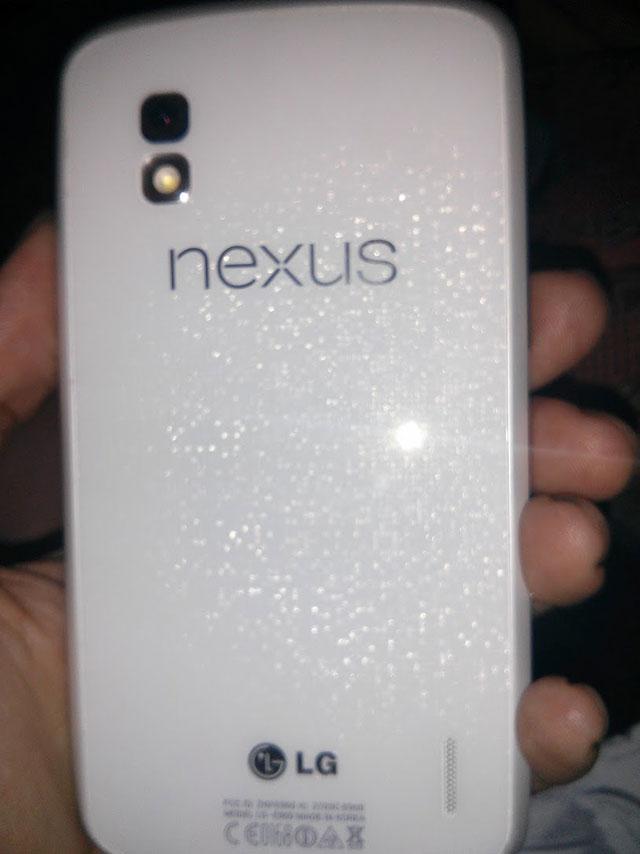 Nexus 4 blanc : une troisième image