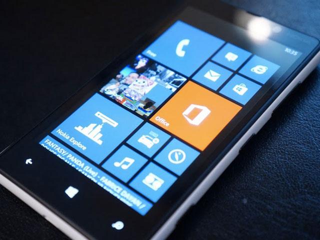 Windows Phone et BlackBerry OS sont dans un bateau