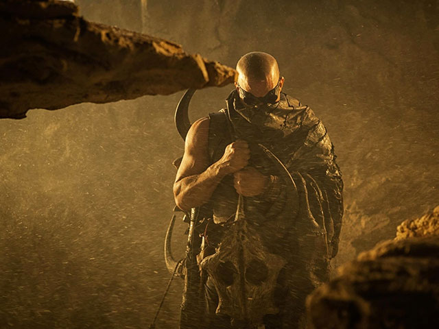 Bande-annonce : Riddick 2013
