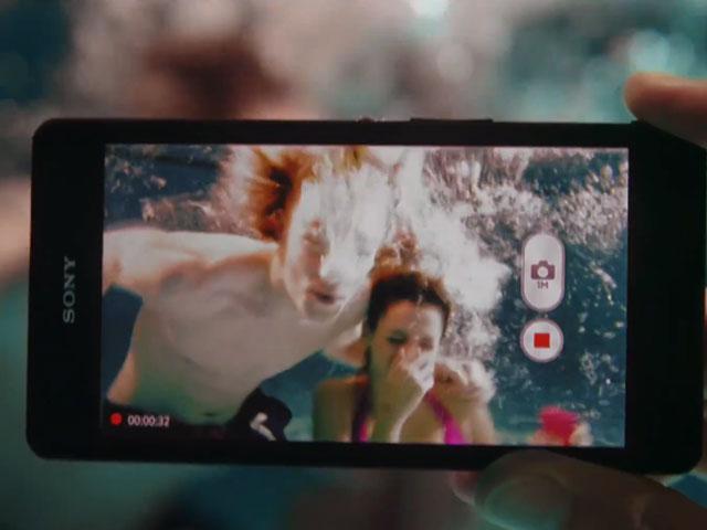Sony Xperia ZR : il est officiel !