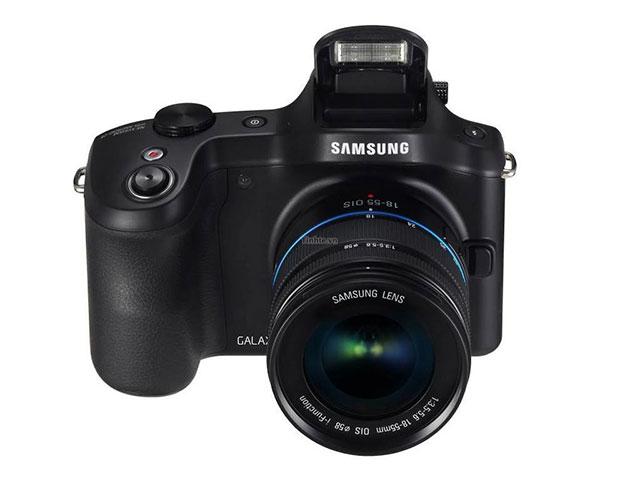 Samsung Galaxy NX : une vue de face