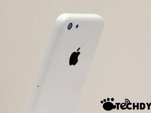 iPhone low cost : une quatrième photo de la coque arrière