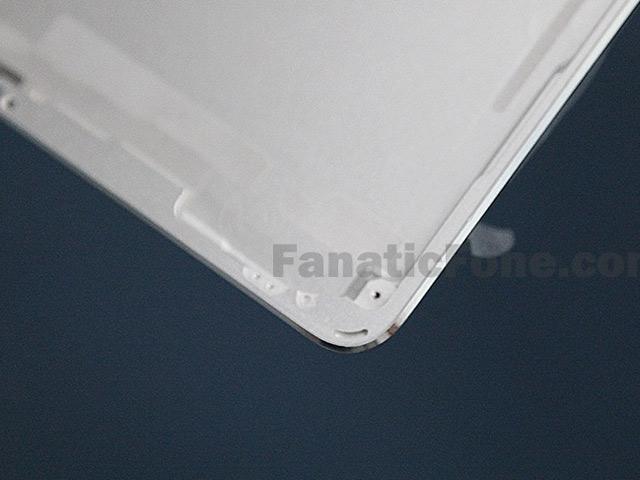Coque arrière iPad 5 : une cinquième image