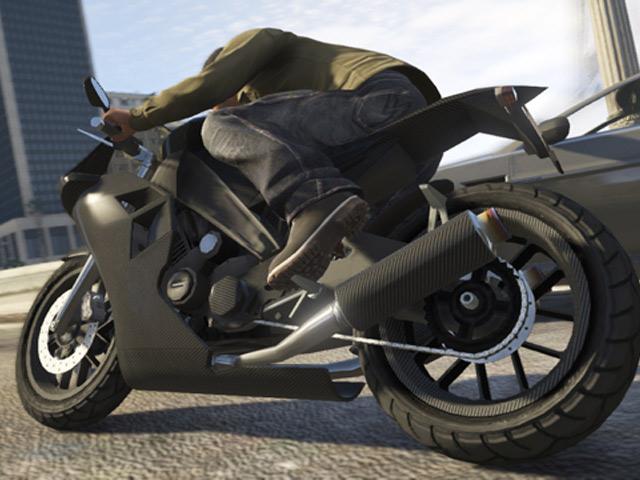 GTA 5 : la moto CarbonRS