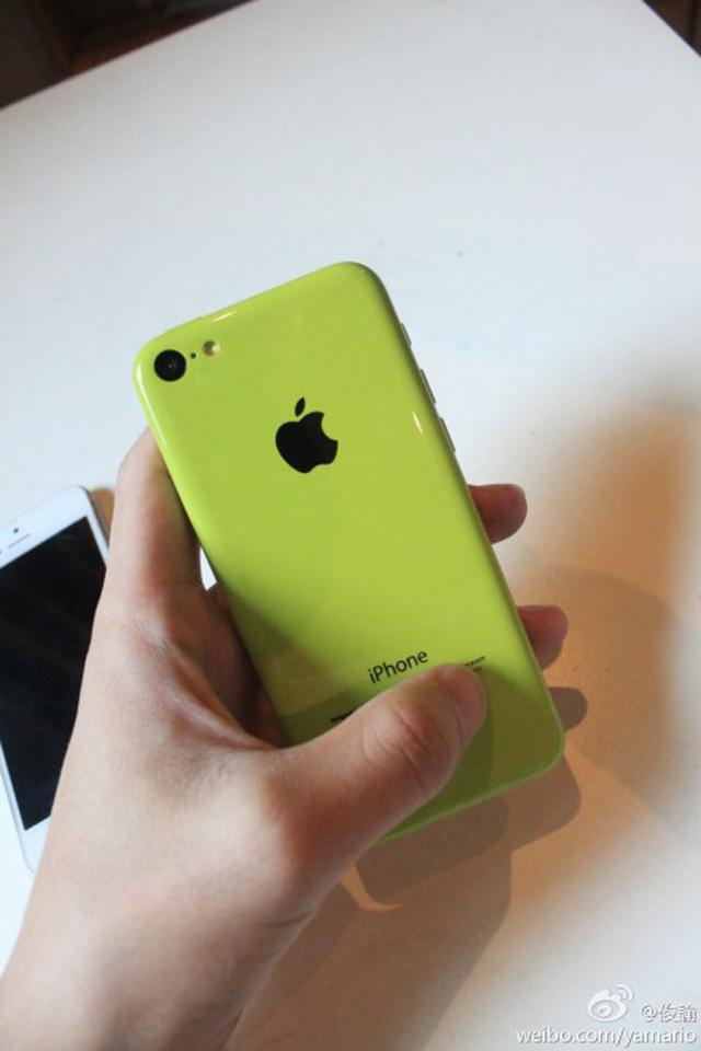 iPhone 5C en fonctionnement : une cinquième image