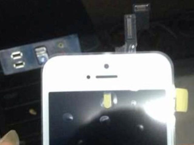 Photo face avant iPhone 5C : une première image