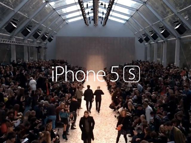 Burberry iPhone 5S