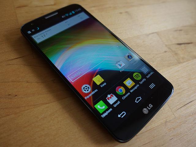 LG G2 : l'écran d'accueil principal, sous un angle différent