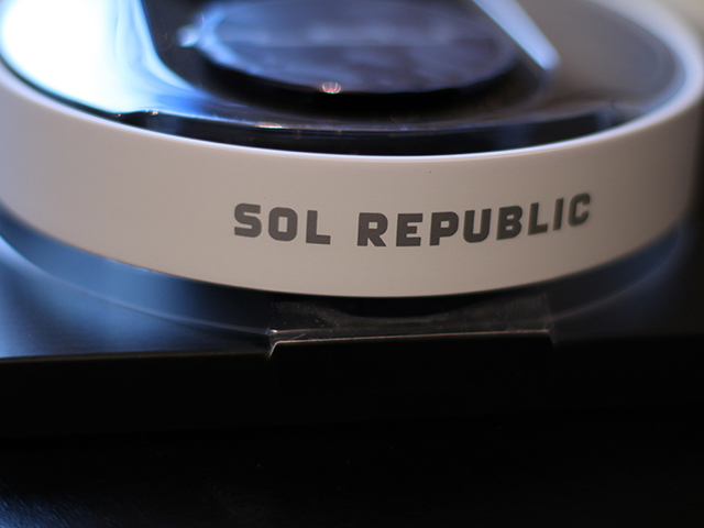 SOL REPUBLIC Tracks V8 : image 1