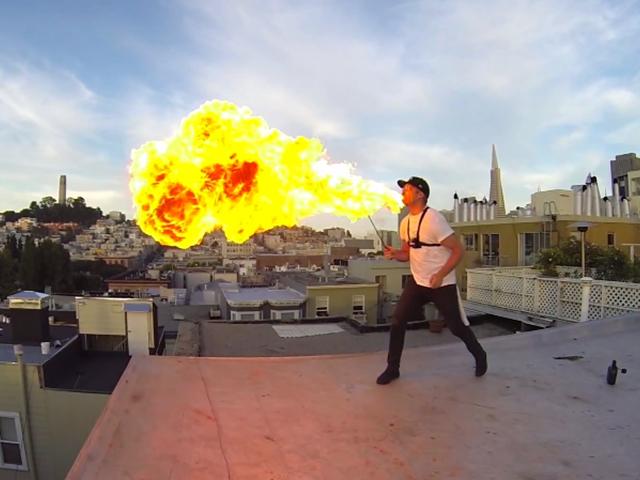 Cracheur de feu GoPro