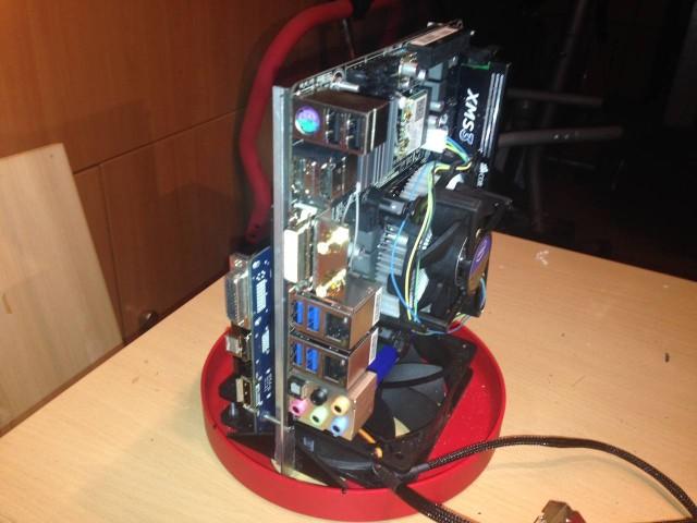 Hackintosh Mac Pro : image 1