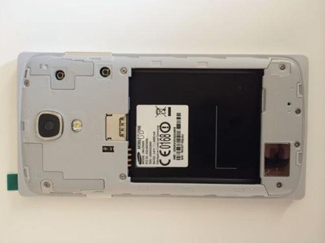 Photo Samsung SM-Z9005 2
