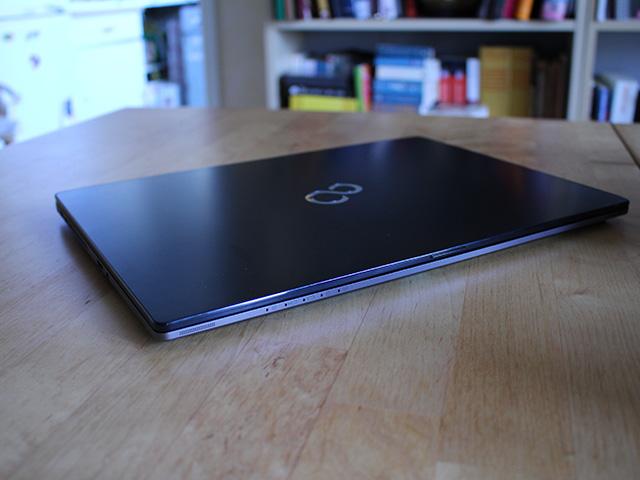 Fujitsu U904 : image 1