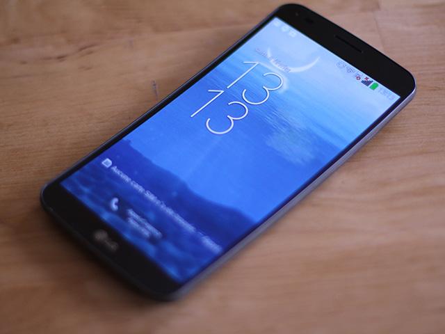 LG G Flex : photo 2